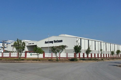 nha may tran nhom - Austrong Việt Nam - Khai trương nhà máy sản xuất Trần nhôm và lam chắn nắng